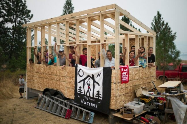 Ten tiny houses are being placed strategically along the 518 km Trans Mountain pipeline route to assert Secwepemc Law and jurisdiction and block access to this pipeline. (Photo: Tiny House Warriors)